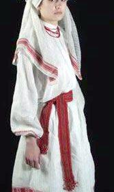 Украинский национальный костюм замужней женщины